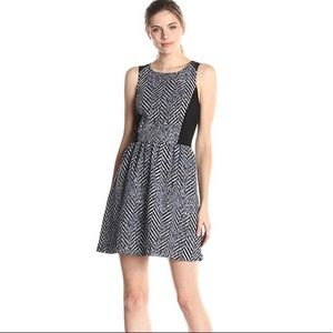 Kensie Speckled Chevron Mixed Media Zip Dress